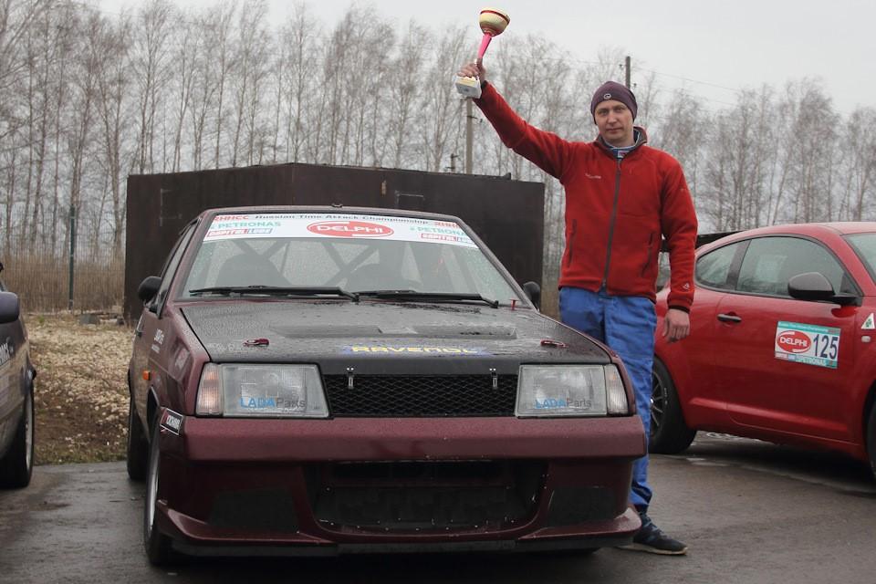 Lada 2108 с тормозными колодками Friction Master заняла 2 место в чемпионате